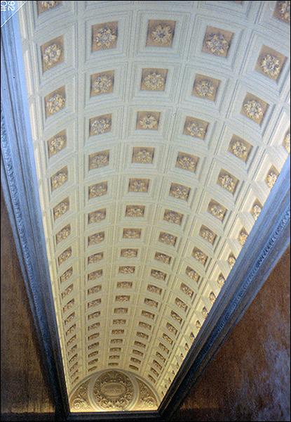 Pietro rosa tinteggiatura di soffitto a cassettoni con for Disegni di case in stucco